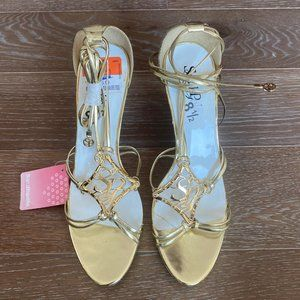 NWT South Pole Sandals | Gold | 8 .5